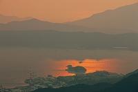広島県 灰ヶ峰より呉港と大麗女島夕景