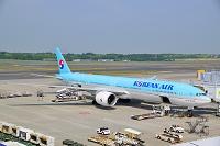 NRT KOREAN AIR B777-300ER