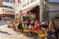 フランス パリ モンマルトルのカフェ