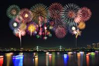東京都 レインボーブリッジ夜景 花火