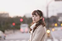 黄昏時の日本人女性