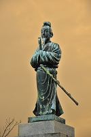兵庫県 聖徳太子の銅像