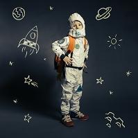 宇宙飛行士格好の子供