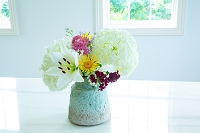 花瓶の花 ユリとアジサイ
