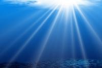 CG 海中に差し込む光