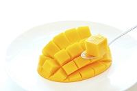 カットされたマンゴー