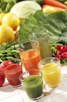 ジュースと野菜、果物