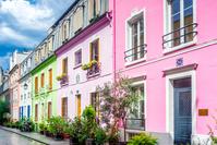 フランス パリ カラフルな街