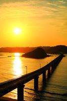 山口県 下関市 夕日と角島大橋