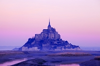 フランス 朝焼けのモンサンミシェル