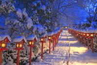 日本 京都府 雪の貴船神社の参道