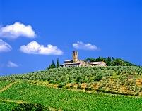 イタリア トスカーナ州 丘の上の教会