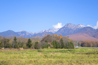 長野県 原村から望む秋の八ヶ岳連峰