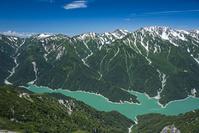 富山県 針ノ木岳より黒部湖と黒部源流の山々