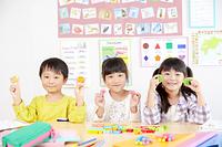 英会話を習う日本人の子供