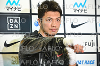 ボクシング:村田諒太が現役続行を表明