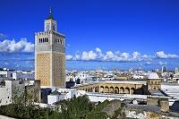 チュニジア グランド・モスクとメディナの街並み