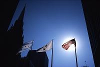 アメリカ シカゴ 太陽とたなびく旗