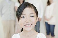 7歳の女の子の笑顔