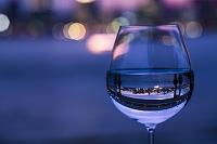 東京都 グラスと都会の夜景