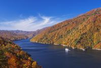 新潟県 秋の奥只見湖