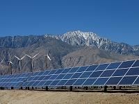 アメリカ合衆国 カリフォルニア 風力発電と太陽光発電