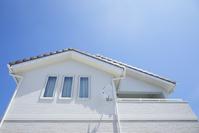 青空と一軒家