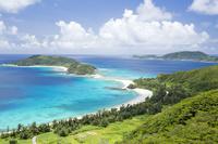 沖縄県 高月山展望台から古座間味ビーチを望む