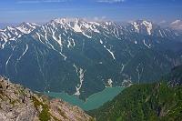 長野県 針ノ木岳より黒部湖と立山