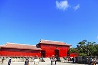 沖縄県 首里城 奉神門と下之御庭(焼失前)