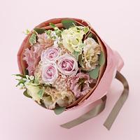 花束 ピンク バラ リシアンサス