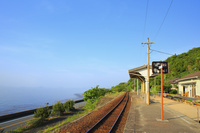 愛媛県 JR下灘駅と瀬戸内海